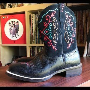 Women's Ariat Fatbaby black square cowboy boots-8B